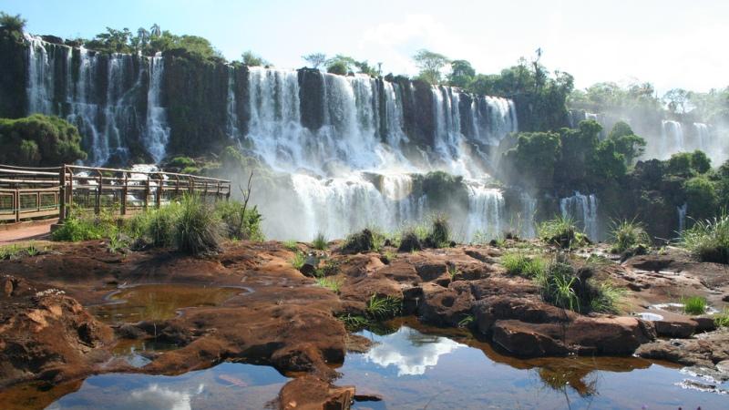Car rental Puerto Iguazú for your roadtrip through Argentina