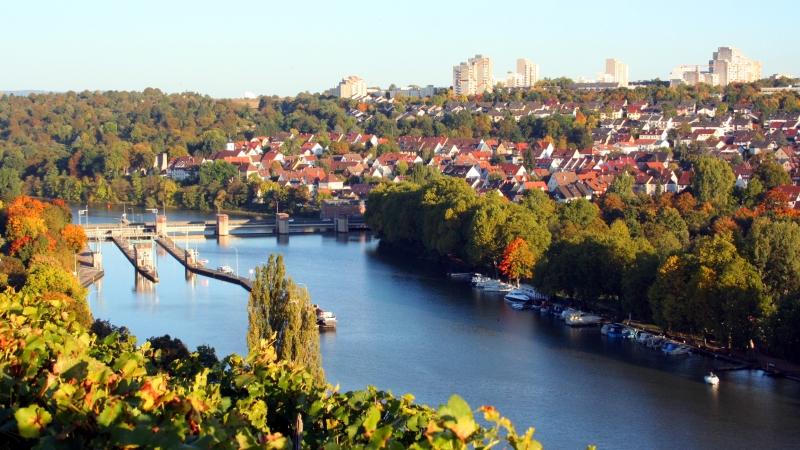 Auto huren Stuttgart voor uw vakantie in Duitsland bij